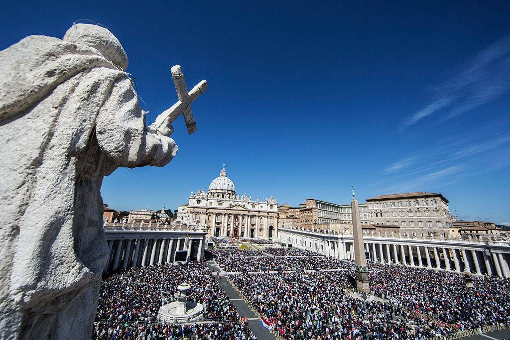 St Peter's Basilica - Easter