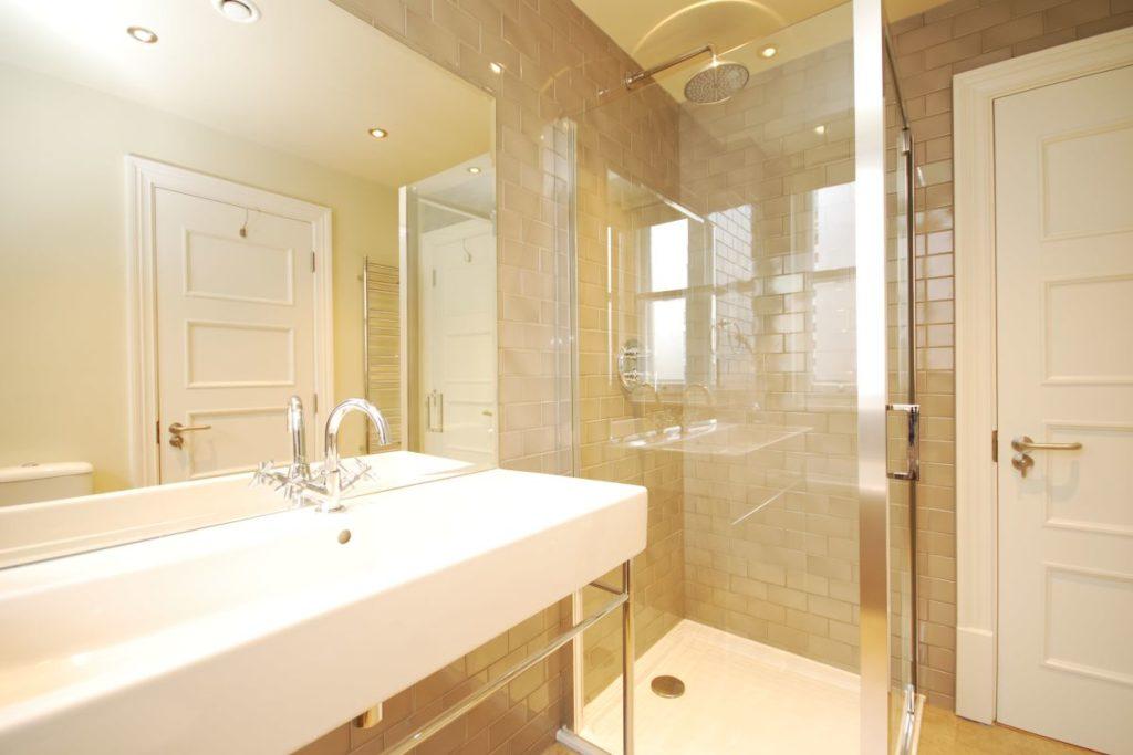Whitehall Apartments - Valet