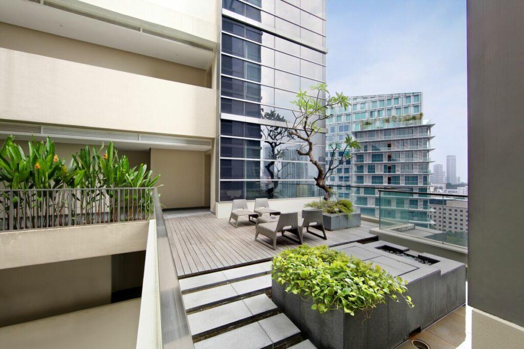 Live Availability apartments across five continents - Singapore