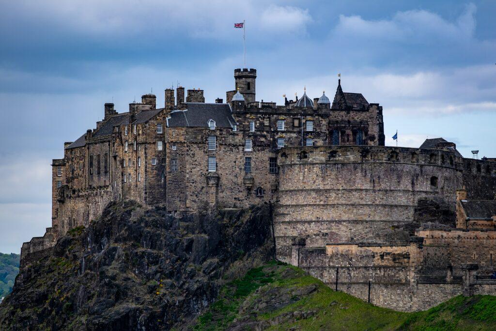 Edinburgh Castle - Historical Tour of Scotland