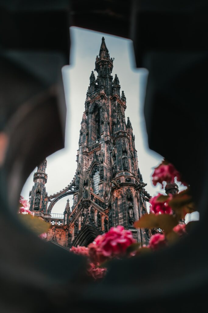 Scott Monument - Historical Tour of Scotland